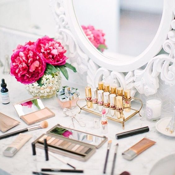 Picture Of ways to organize your makeup and beauty products like a pro  8