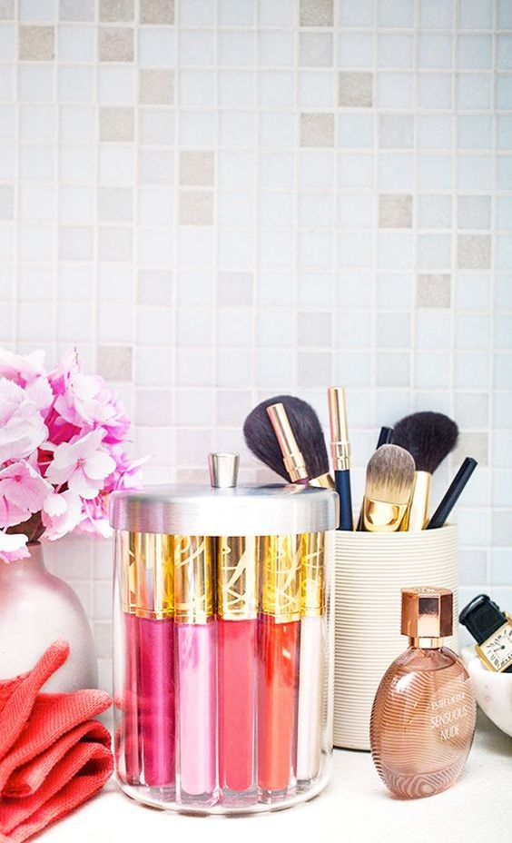 Picture Of ways to organize your makeup and beauty products like a pro  9