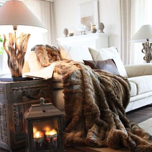 28 cool ways to cozy up your living room for winter digsdigs - Kleur warme kleur cool ...