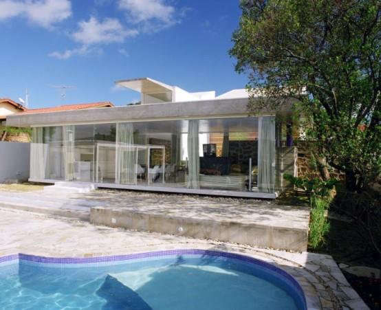 True Weekend Retreat With Minimized Sun's Impact – Casa Martins Siquiera