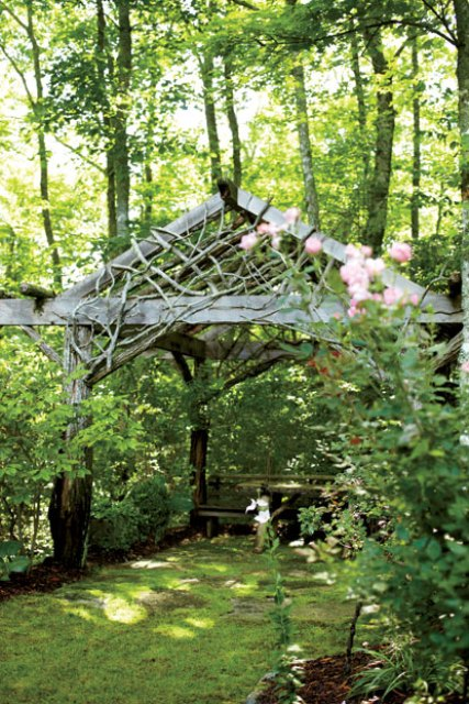 Welcoming Retreat In North Carolina Forests