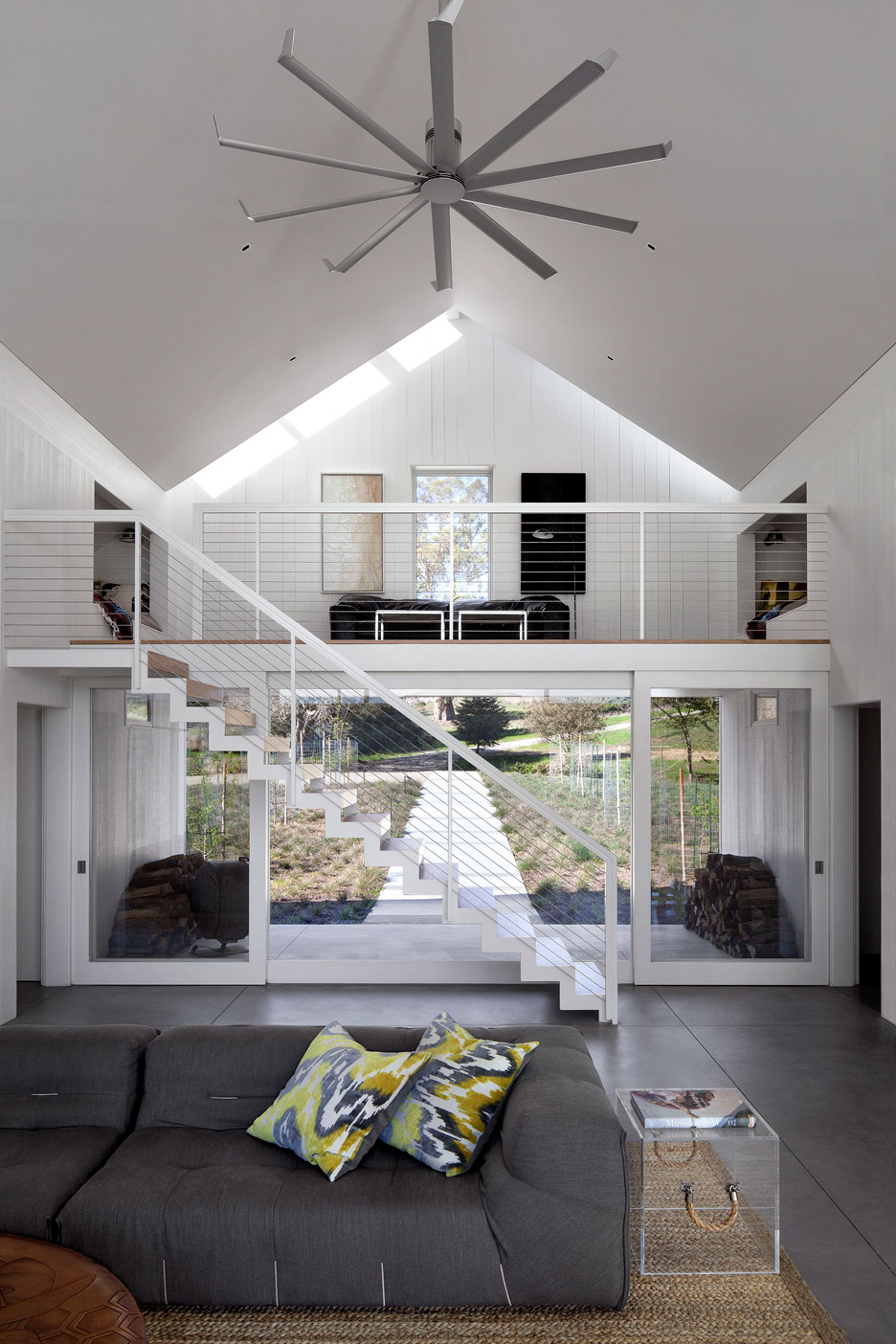 Picture Of white barn like house with modenr features  5