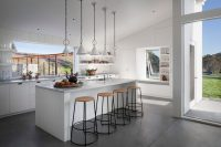 white-barn-like-house-with-modenr-features-7