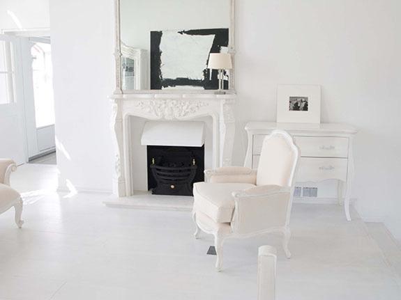 White Beighe Interior Design