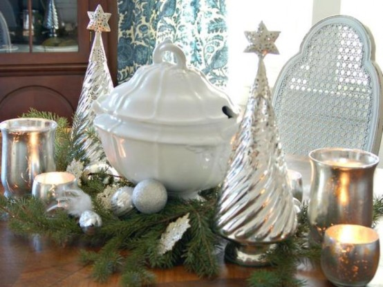 10 white and silver christmas decorations
