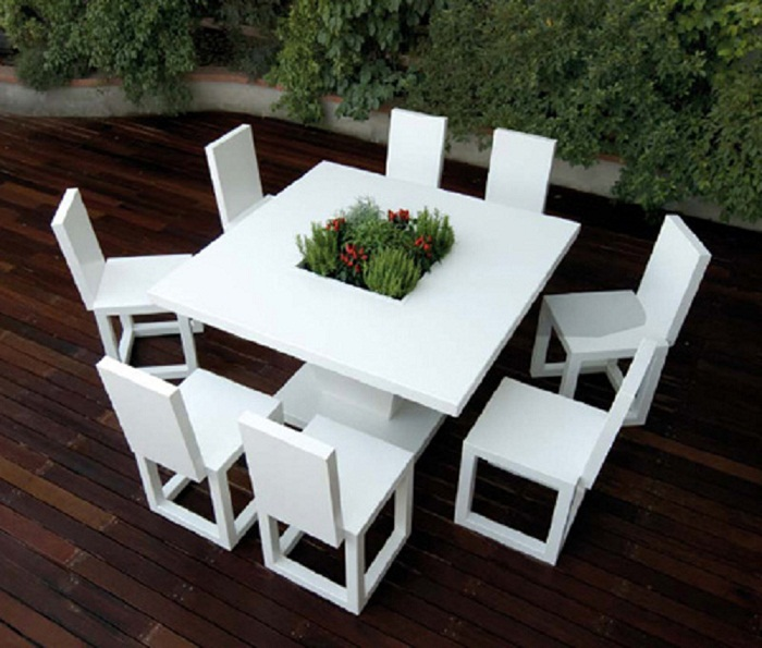 garden furniture made with matte white lacquered aluminum