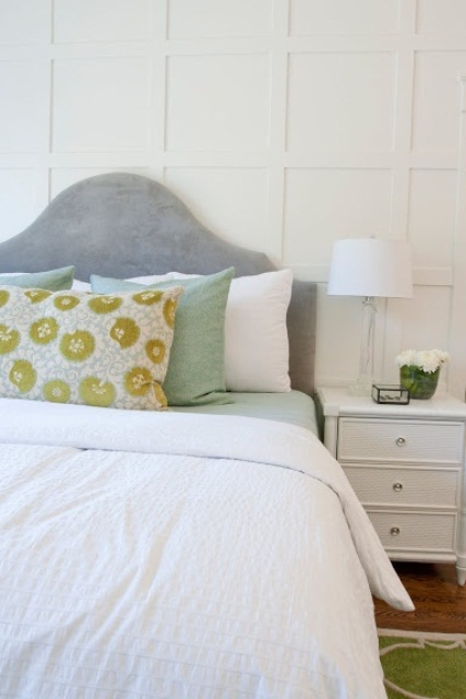 printed and pastel bedding is a cool and easy idea to refresh your bedroom for spring and you can change it easily