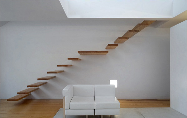 This Very Simple Staircase Is Part Of Tolo House Designed By Alvaro Leite  Siza. The Stairs Made Of Wood And Visually Havenu0027t Any Support At All.