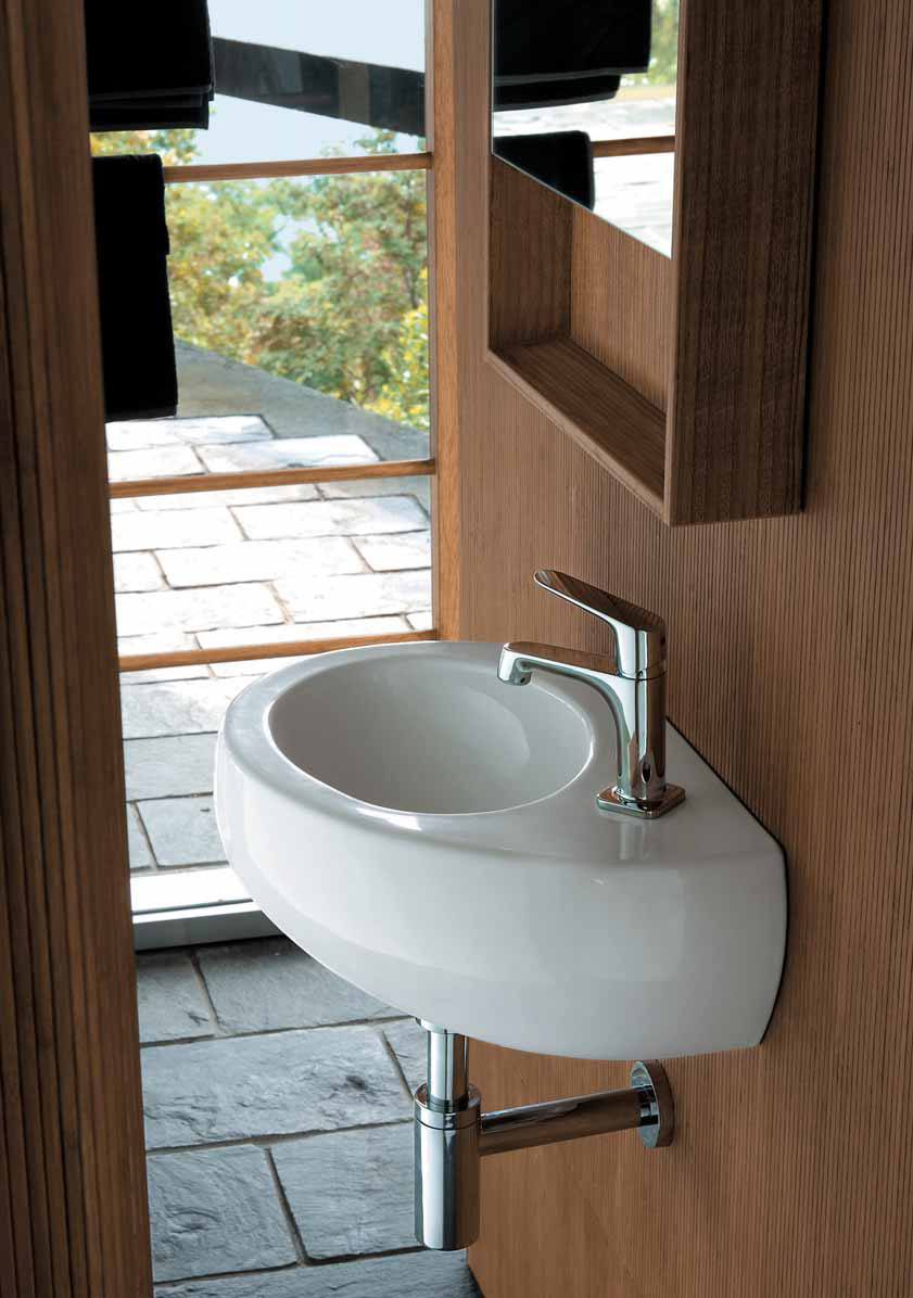 Wooden Bathroom Cabinets And Oval Sanitary Ceramics