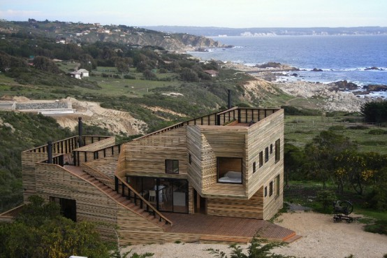 Wooden Fortress-Like Metamorphosis House In Chile