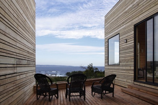 Wooden Fortress Like Metamorphosis House In Chile