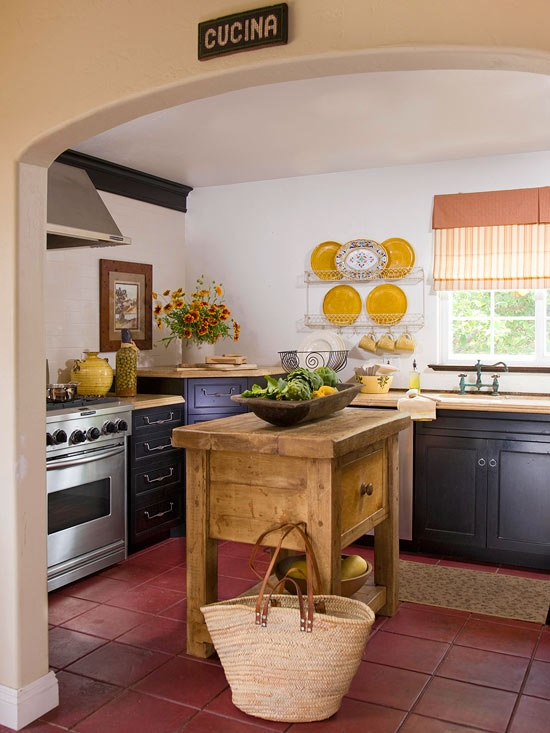 28 Vintage Wooden Kitchen Island Designs