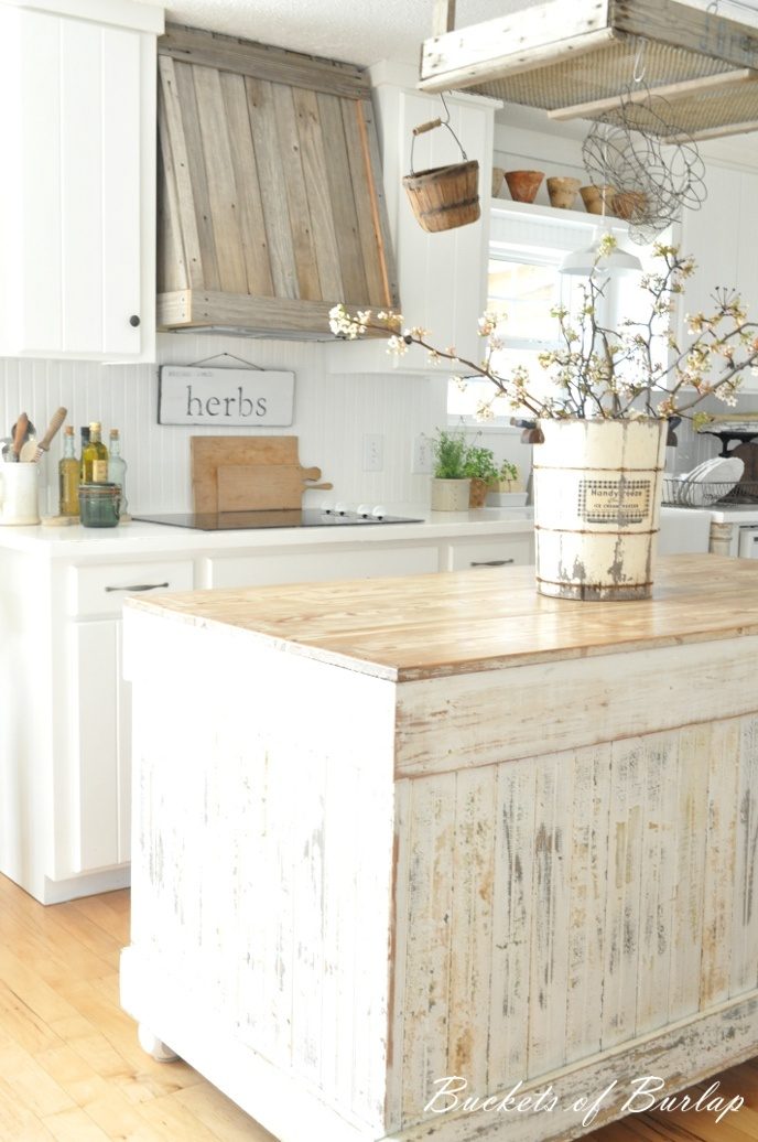 28 vintage wooden kitchen island designs digsdigs for Rustic white kitchen cabinets