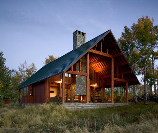 Working ranch designed in natural style digsdigs for Small mountain house plans