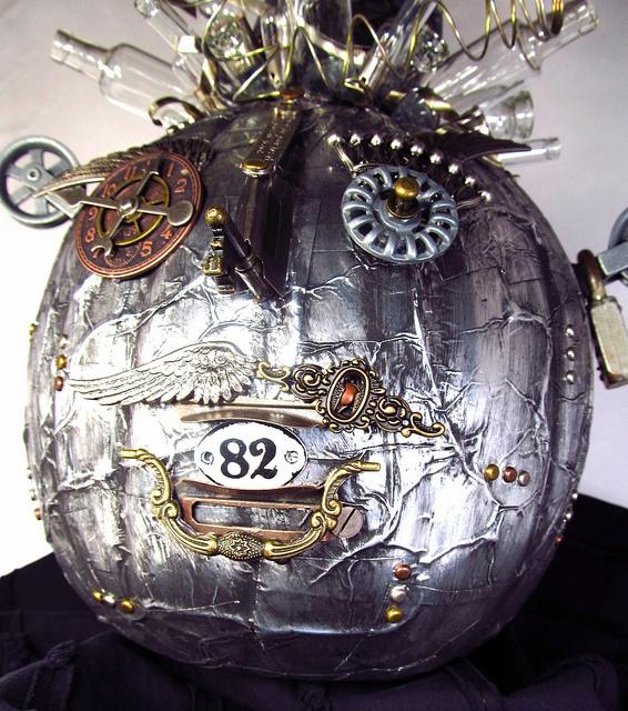 44 Unique Steampunk Halloween Decorating Ideas DigsDigs - Unusual Halloween Decorations