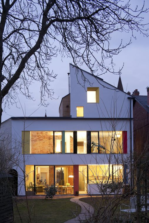 1840's Victorian House Remodeled Into Zero Carbon House